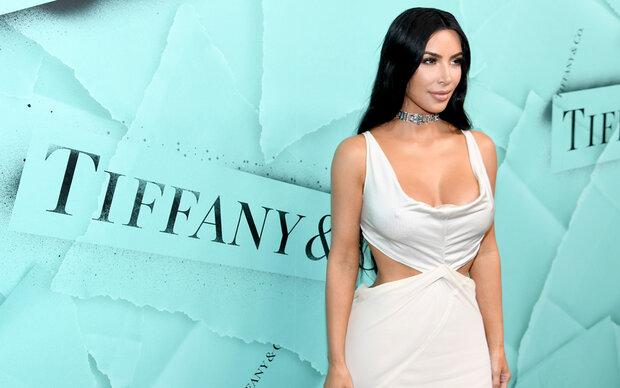 Ist das die echte Kim oder eine Wachspuppe?