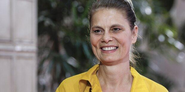 Sarah Wiener wirbt für selbst gemachte Naschereien