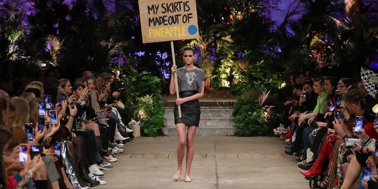 Berlin Fashion Week: Marina Hoermanseder wird nachhaltig