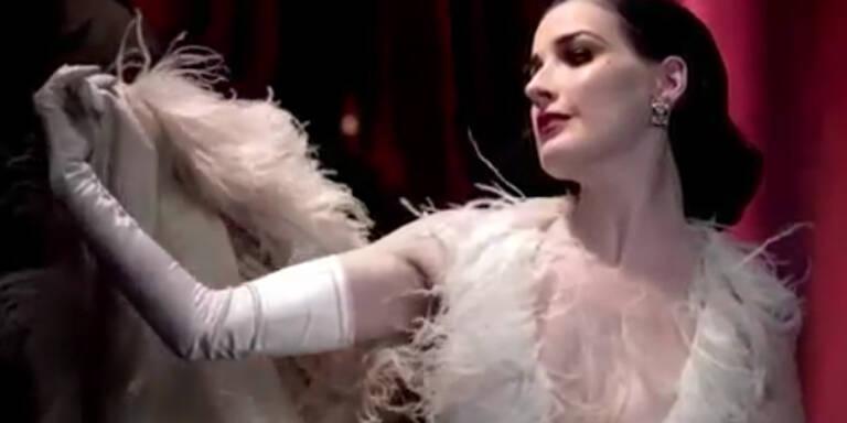 Der Cointreau-Spot mit sexy Dita Van Teese