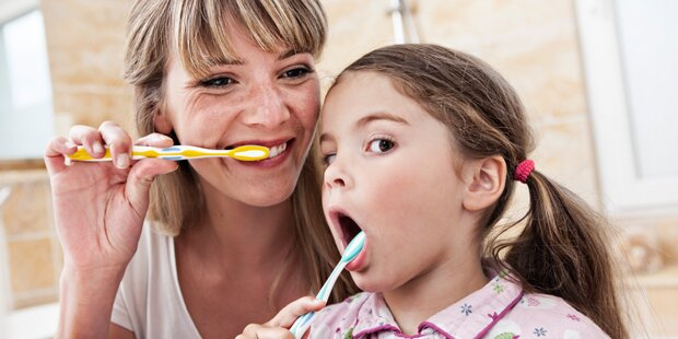Was Sie beim Zähneputzen immer falsch gemacht haben