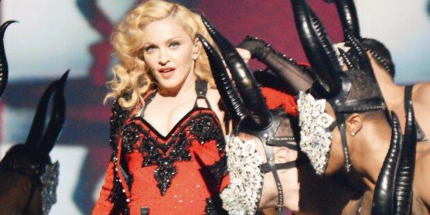Madonna stürmt die Charts