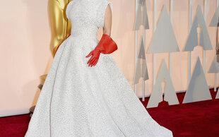 Slideshow: Lady Gaga: Mit Putzhandschuhen bei den Oscars