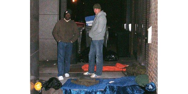 Prinz William schlief auf der Straße