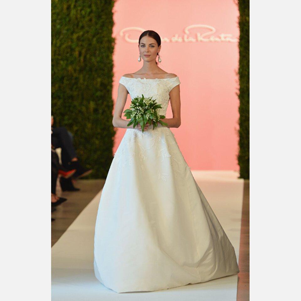 Olivia Palermo posiert im Hochzeitskleid