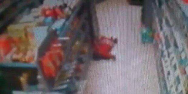 5-jähriges Mädchen in Geschäft angeschossen