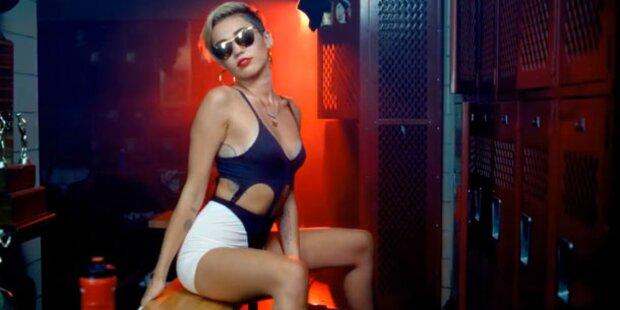 Plant Miley wirklich eine Brust-OP?