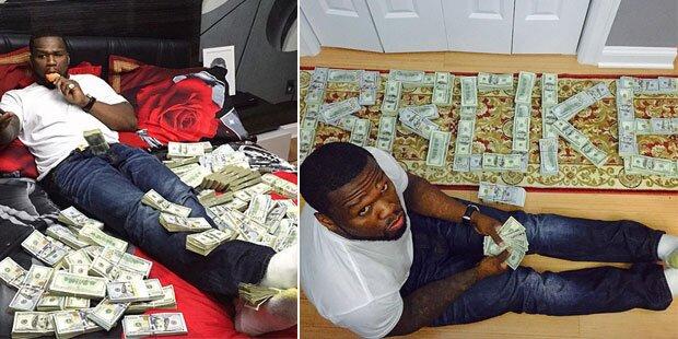 Pleite? 50 Cent posiert mit Geld-Berg