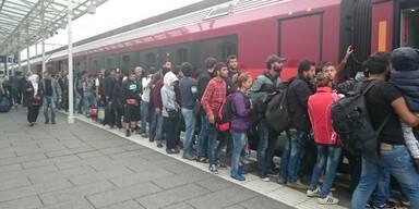 Kopie von Bahnhof Füchtlinge