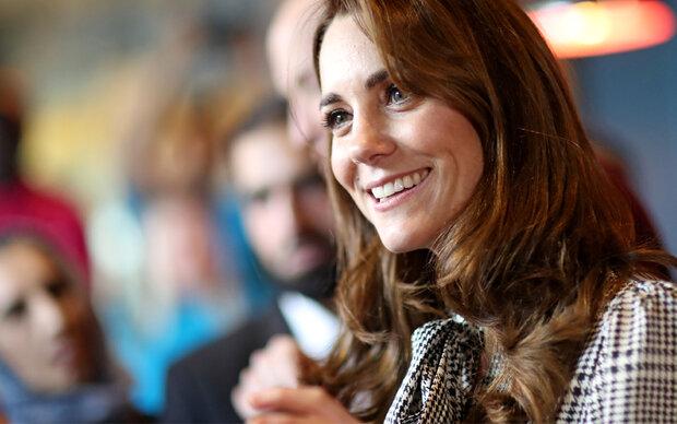 Herzogin Kate: Volksnah in einem 20-Euro-Kleid