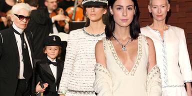 Chanel - Collection Metiers d'Art Paris Hamburg 2017/18