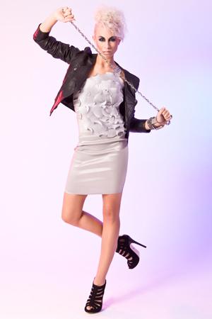 5 MADONNA Models in rockiger Mode von Philipp Plein