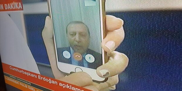 Erdogan meldet sich via Facetime zu Wort