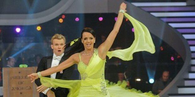 Petra Frey & Vadim Garduzova tanzen Quickstep