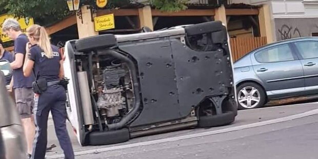 Spektakulärer Crash mitten in Wien