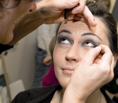 6 MADONNA-Leserinnen am Wiener Opernball