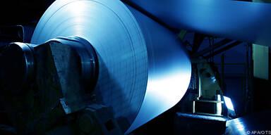 700 Tonnen Stahlbänder zu produzieren