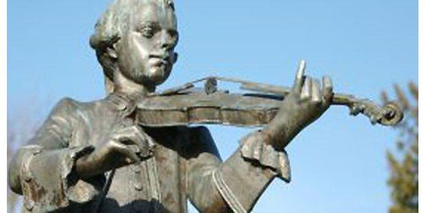 Mozart starb an einer Halsentzündung