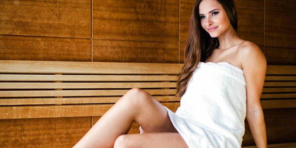 so sch n macht die sauna. Black Bedroom Furniture Sets. Home Design Ideas