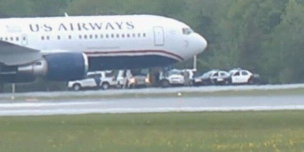 Lebende Bombe zwang Flugzeug zur Landung
