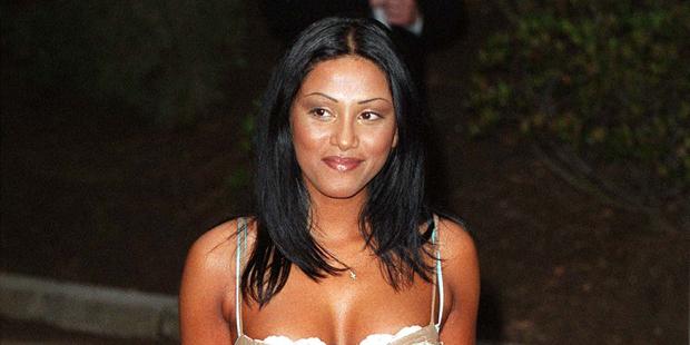 Sabrina Setlur 2001