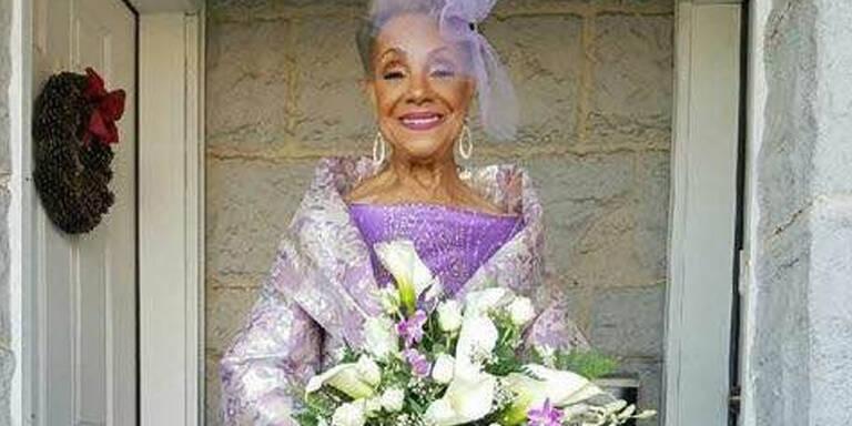 86-Jährige heiratet in ihrem Traumkleid