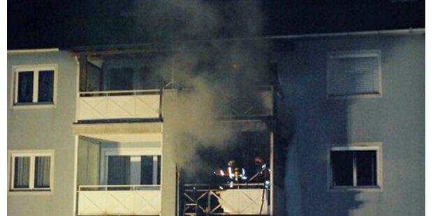 Feuermeer in Wohnung: Teens verletzt