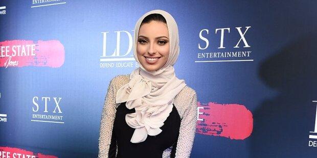 Erstmals Muslimin mit Kopftuch im