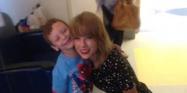 Taylor Swift singt für krebskranken Buben!