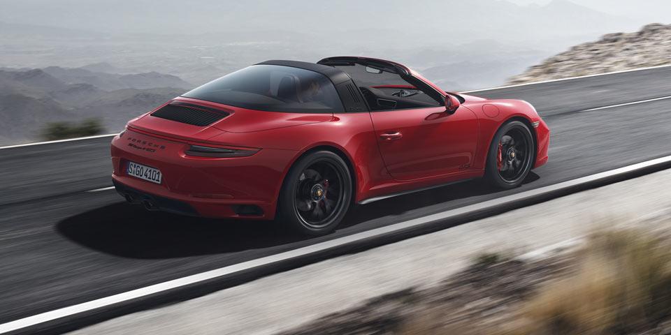 911-Targa-4-GTS-960.jpg