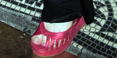 Quetschalarm: Warum tragen Stars zu kleine Schuhe?