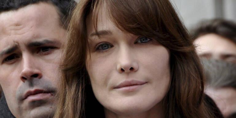 Aktfoto von Carla Bruni zum Sonderpreis verkauft