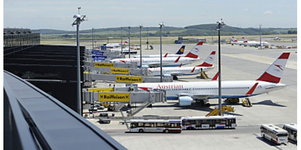 Sturm führt zu Gepäck- Chaos am Flughafen
