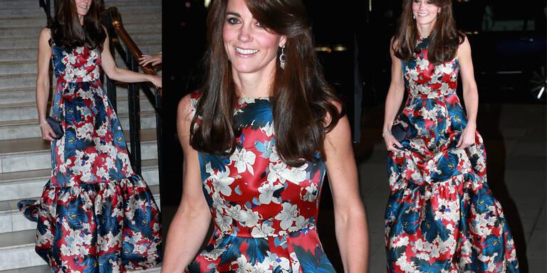 Glam-Auftritt in 3600€-Kleid