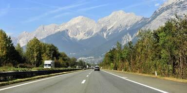 Autobahn A12 - BMVIT - Channel - Innsbruck Panorama