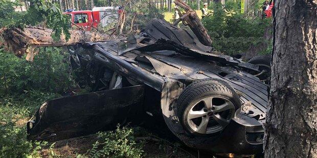 Horror-Unfall auf A2-Ausfahrt: Beifahrer tot