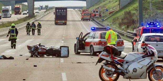 Lkw-Fahrer filmte Todeskampf von Biker
