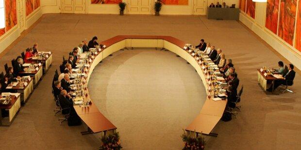 Fix: Das Parlament zieht in die Hofburg
