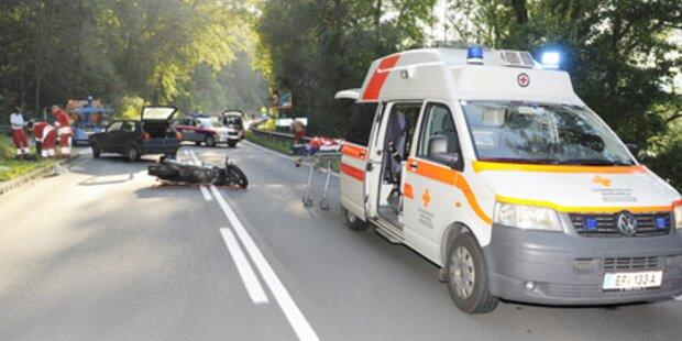 Zwei 15-Jährige bei Mopedunfall getötet