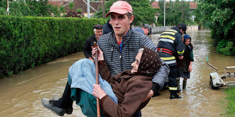 44 Tote bei Flut-Katastrophe am Balkan