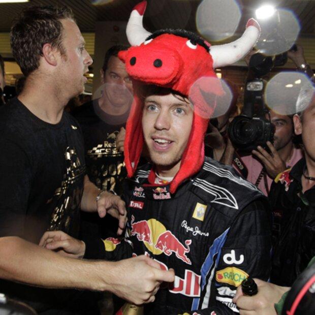 Vettel Grüßte Seine Freundin