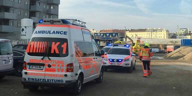 Schalungswand auf Arbeiter gestürzt: 28-Jähriger tot
