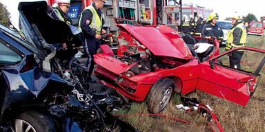Große-Enzersdorf Unfall Porsche