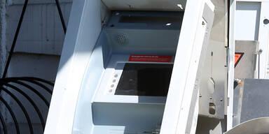 Bankomat auf Gleise: Zug-Unglück in Deutschland
