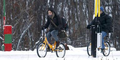Norwegen schiebt Flüchtlinge per Fahrrad ab