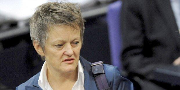 Nach Axt-Attentat: Shitstorm gegen Grünen-Politikerin