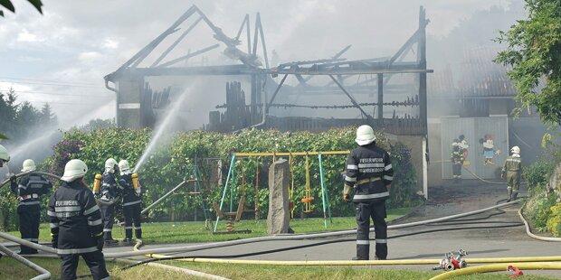 Großbrand sorgt für Mega-Feuerwehreinsatz