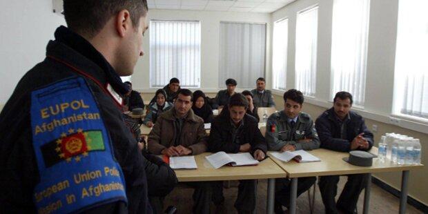 EU verlängert Hilfe für afghanische Polizei