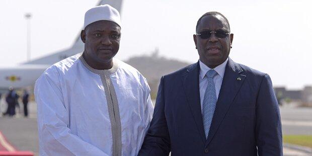 Gambias neuer Präsident in seine Heimat zurückgekehrt
