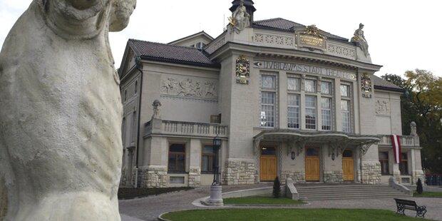 Räumung: Bombendrohung im Stadttheater